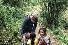 Nils meets Mama Gia's kids